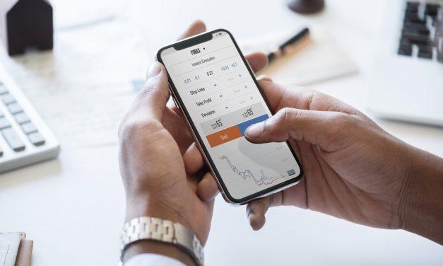 Investir en bourse: CTO ou PEA?