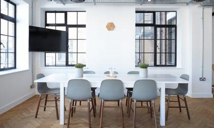 3 bonnes raisons de se laisser séduire par la chaise empilable